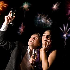 New-Years-Eve-Date-Ideas-0.5-300x300